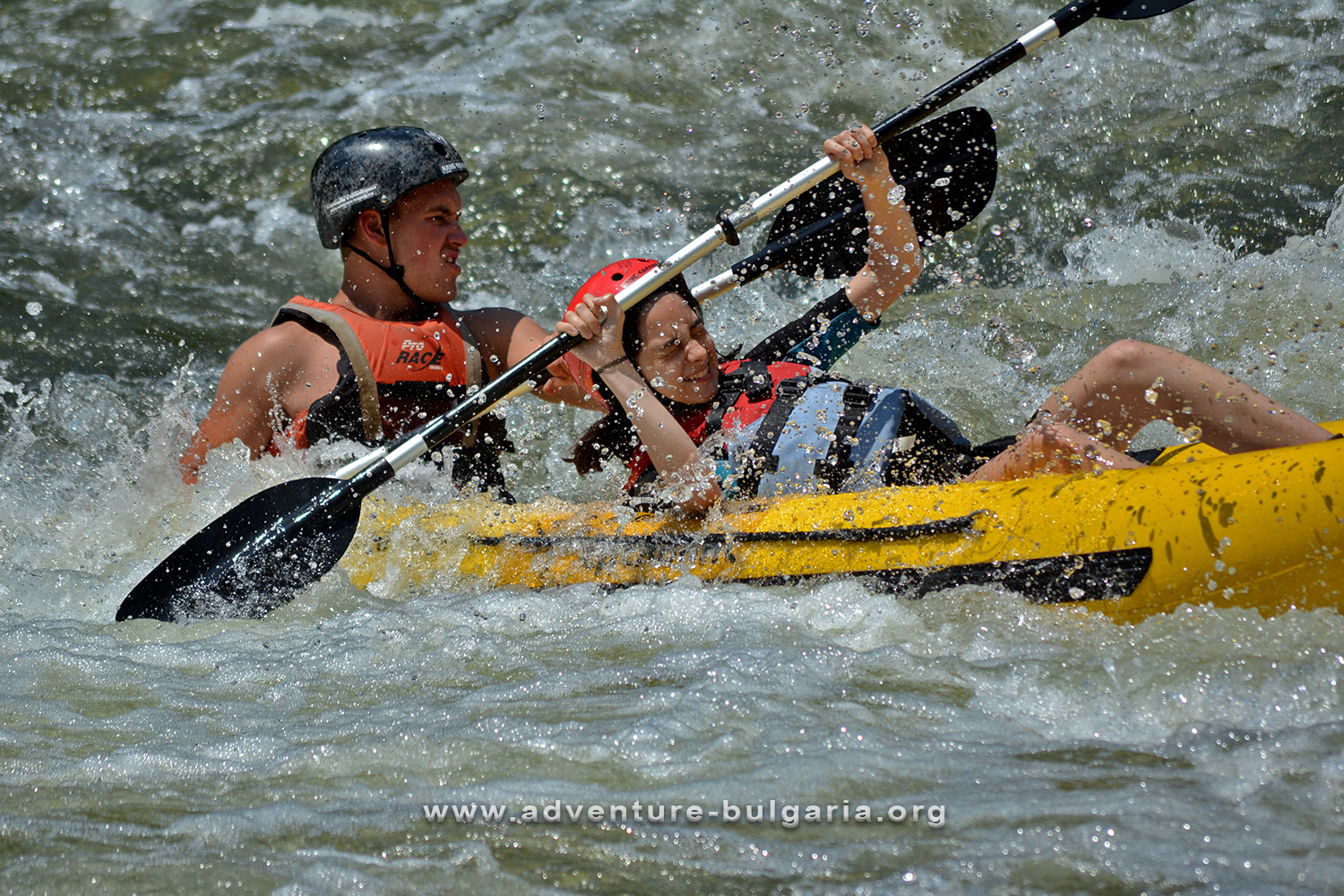Descent with inflatable kayaks on the Iskar River