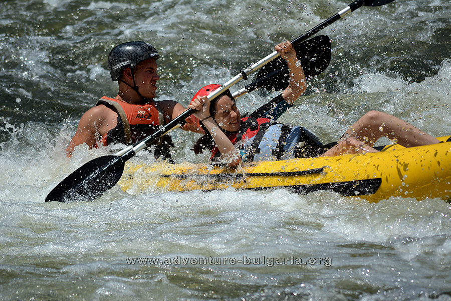 The inclusion of river kayaks in a teambuilding program makes the event an emotional and memorable.